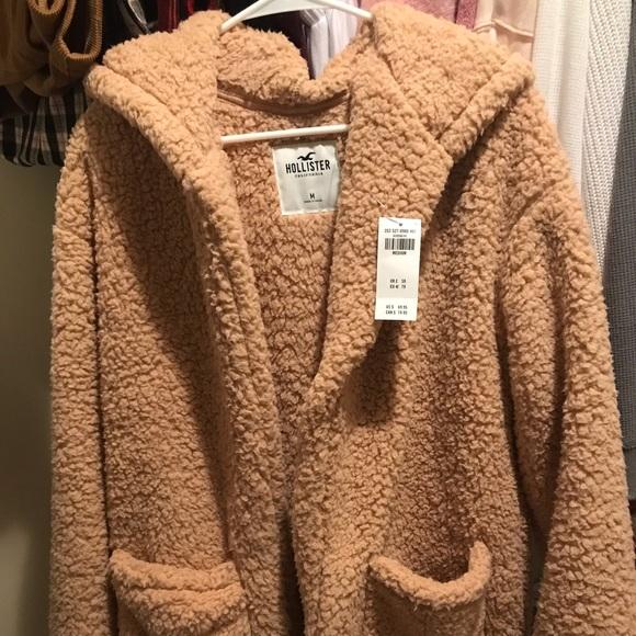 Hollister Sherpa Teddy Jacket, size medium, NEW!